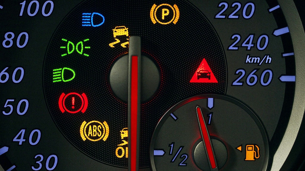 Was tun, wenn im Cockpit Lampen blinken?