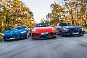 Drei Power-Coupés auf dem Track