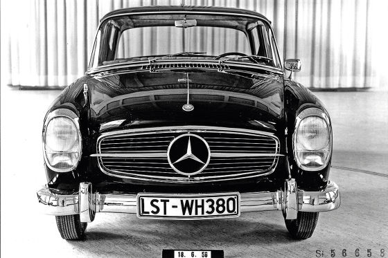 Mercedes W 122