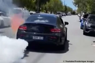 AMG C 63-Burnout endet in Flammen