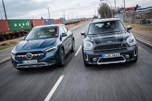 Mercedes GLA 250 e gegen Mini Cooper SE Countryman