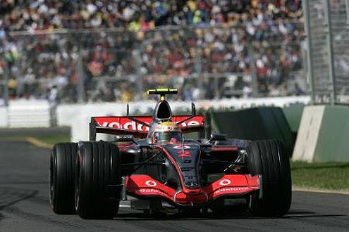 Wurde der McLaren-Mercedes MP 4–22 mit Ferrari-Hilfe gebaut?