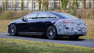 Der Mercedes EQS verliert an Tarnung - neue Bilder