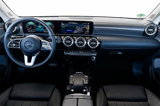 Mercedes CLA-Klasse 220d Shooting Brake