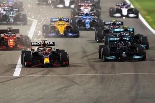 Gigantenduell zwischen Hamilton und Verstappen