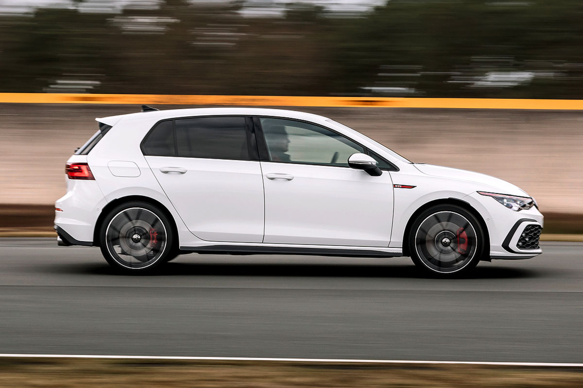 VW Golf 8 GTI Performance 2.0 TSI