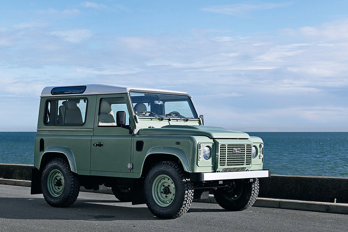 Land Rover Defender Limited Edition  Heritage