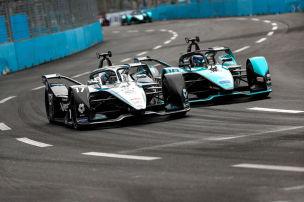 Historischer Kampf Jaguar vs. Mercedes