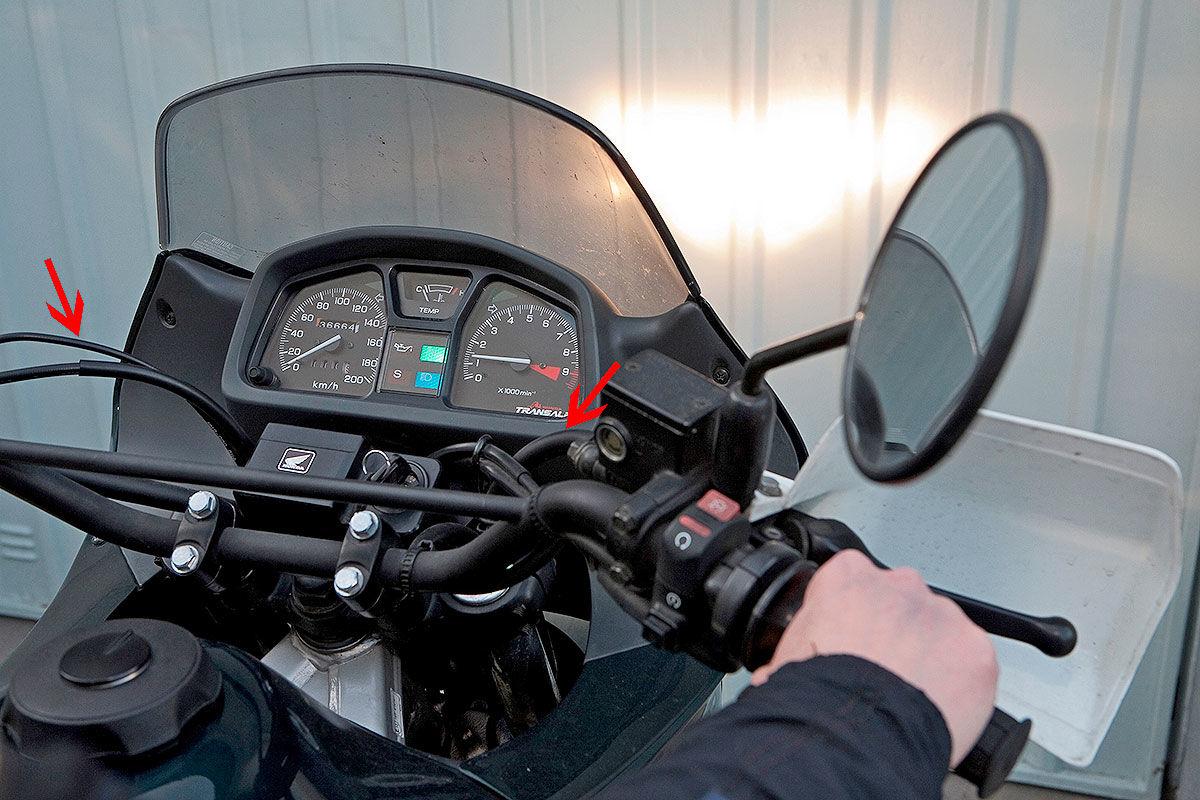 Scheinwerferkontrolle beim Motorrad