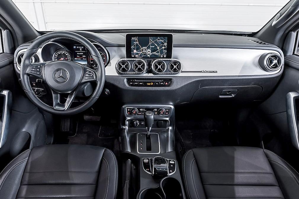 Carlex Design Mercedes-Benz X 350d 6 Wheeler
