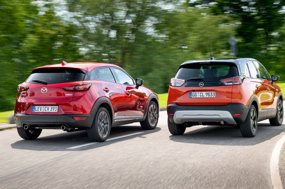 Mazda CX-3 Skyactiv-G 2.0    Opel Crossland 1.2 DI Turbo
