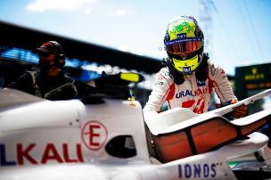 Schumacher: Es rumort hinter den Haas-Kulissen