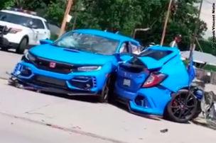 Type R bei Unfall in zwei Teile gerissen