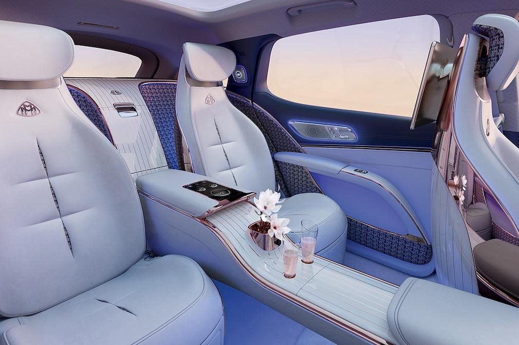 Mercedes EQS SUV Concept