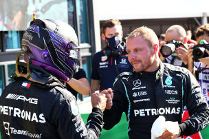 Verstappen auf Pole unter Mercedes-Druck
