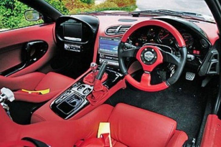 Mazda RX-7 von VeilSide