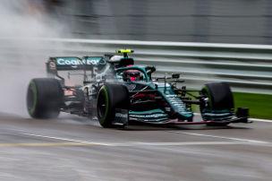 Vettel sauer auf sich selbst
