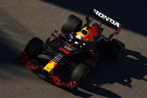Red Bull schie�t Giftpfeile Richtung Mercedes