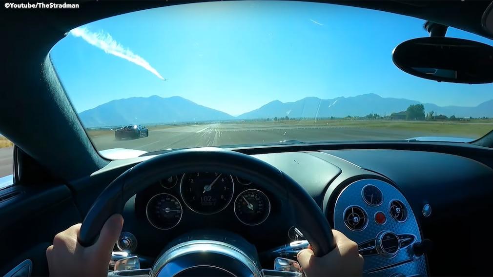 Bugatti Veyron gegen  Bugatti Chiron  Screenshot