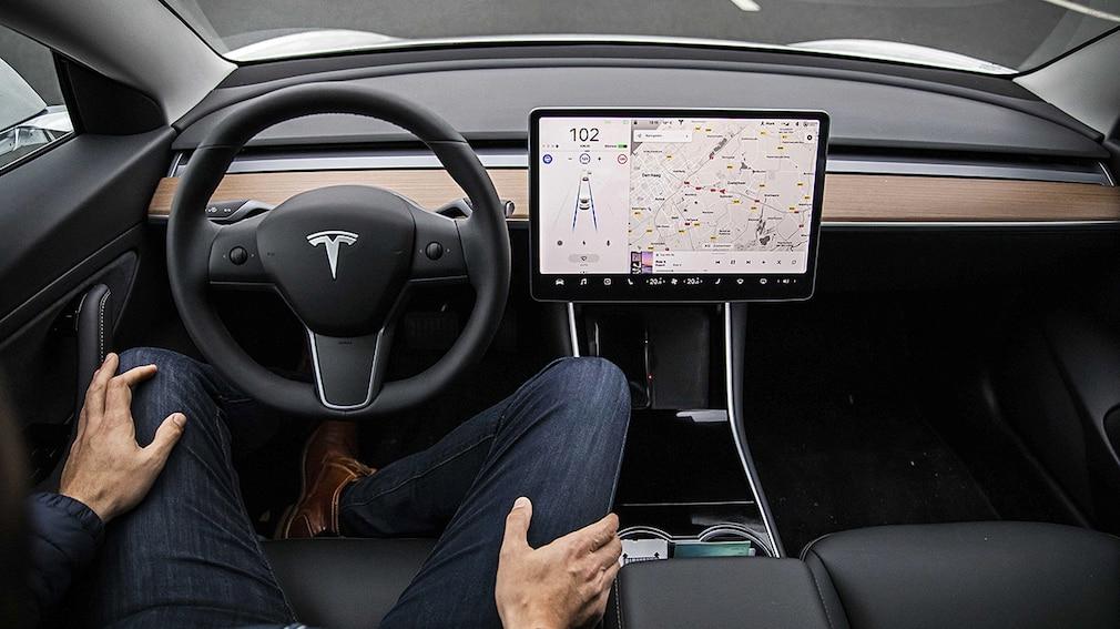 Tesla Model 3 Autopilot-Funktion