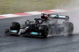 Red Bull r�tselt �ber Mercedes-Speed