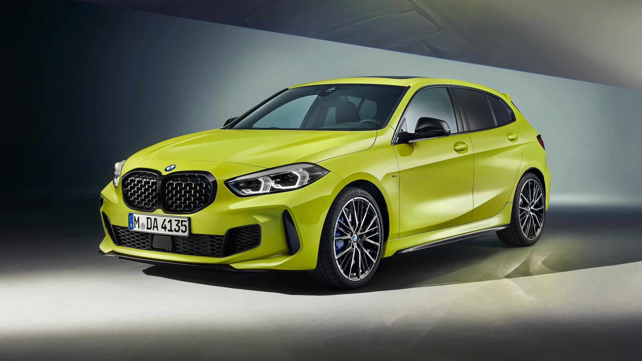 BMW M135i xDrive (2021): BMW schärft das Fahrwerk nach