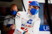 Konkurrenz-Teamchef lobt Schumacher, Vettel mit Motorwechsel
