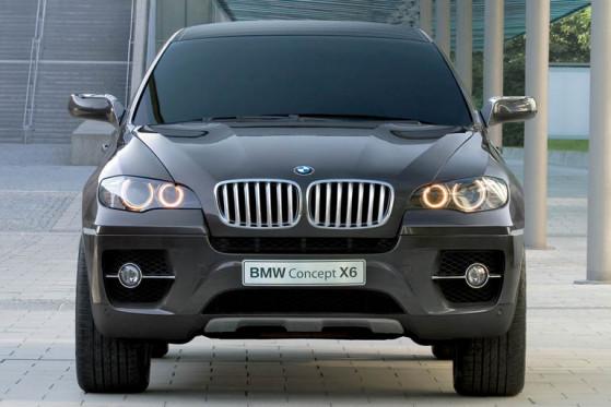 Der macht sich Platz auf der linken Spur: BMW Concept X6 mit mächtiger Front.