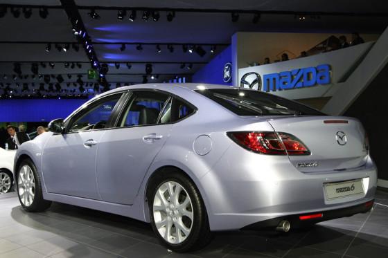 Von vorn und hinten gelungen: Der neue Mazda6 ist deutlich sportlicher und stimmiger gezeichnet als sein Vorgänger.