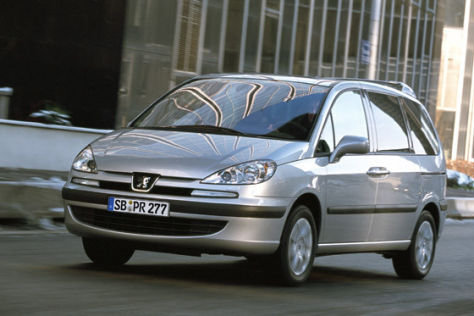 Peugeot 807 mit starkem Diesel