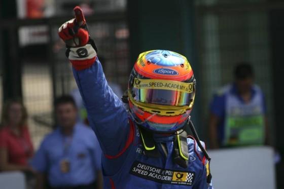 Mit fünf Saison-Siegen in der GP2 genauso erfolgreich wie Lewis Hamilton im Jahr zuvor.