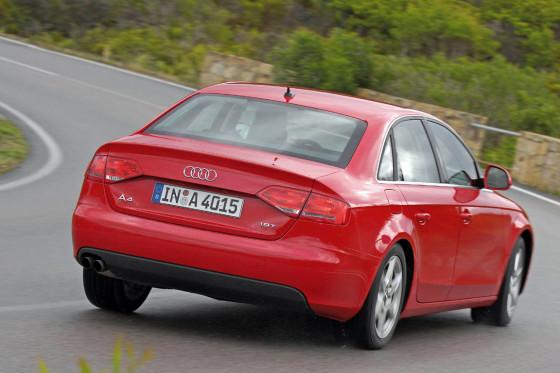 Zügig ums Eck: Drive Select sorgt für eine gute Portion Sportlichkeit.