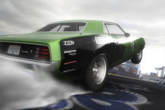 Nix für Materialschoner: Mit durchdrehenden Reifen starten die Rennen auf der Drag-Strecke.