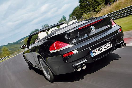 Lässt sich auch auf der Nordschleife nicht aus der Ruhe bringen: das BMW M6 Cabrio.