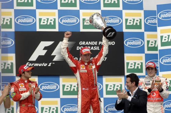 Der Iceman muß nach dem Einspruch von McLaren noch um den Titel zittern. Für Alonso ist er aber der wahre Weltmeister.