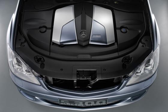 Sieht mächtig aus, verbraucht läppisch wenig. Der neue Vierzylinder-Spar-Diesel im S 300 BlueTec Hybrid soll sich mit 5,4 Litern auf 100 Kilometer begnügen.