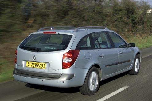 Alles neu macht der März: 2001 wurden Limousine und Kombi überarbeitet.