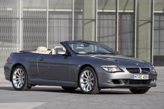 Bayerischer Edel-Konkurrent: Auch BMW hat den offenen 6er jüngst überarbeitet.