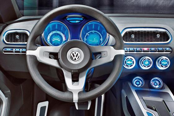 Vision bleibt Vision: Das Cockpit des Scirocco wird weniger aufregend als das der Studie Iroc (Foto).
