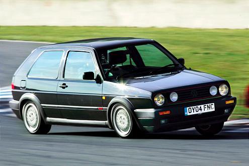 Die zweite Auflage: Zum Modellstart gab es den 1,8-Liter aus der letzten Ier-Serie mit 112 PS. Es folgten eine 16V-Variante (129/139 PS) und eine G-Lader Version (160 PS).