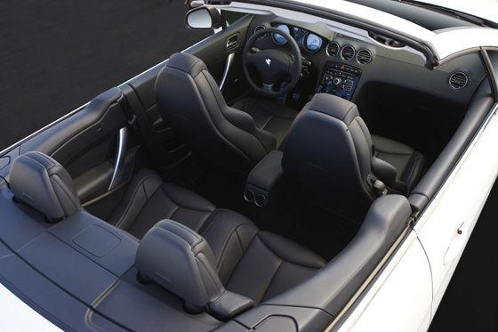 Dank Wachstum in Breite und Länge soll der 308 CC mehr Platz bieten als der Vorgänger.