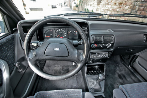 Ford Escort Cabrio XR3i
