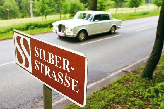 Rolls-Royce Silver Shadow auf der Silberstraße