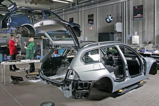 BMW 320i Touring zerlegt Werkstatt