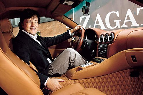 Der Maestro sitzt soft: Andrea Zagato hat den Innenraum des GTZ mit extrem weichem Leder ausgekleidet.