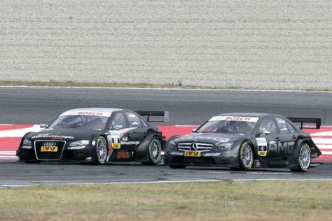 DTM 2008, Barcelona,Paul di Resta, Mercedes, im Zweikampf mit Audi-Pilot Timo Scheider