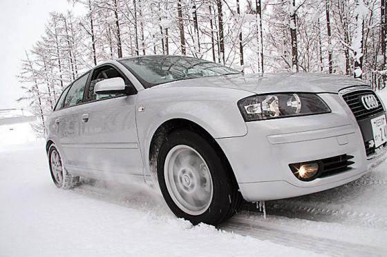 Die Traktionsmessung bestätigt die grundsätzliche Überlegenheit der H-Reifen im Schnee.
