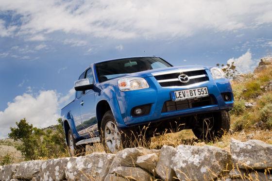"""Ansichtssache: Laut Mazda erinnert die Front des BT-50 nun an ein """"kursives H""""."""