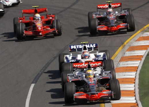 Immer auf Tuchfühlung: Massa und Kubica jagen den Mercedes-Piloten in jedem Rennen.