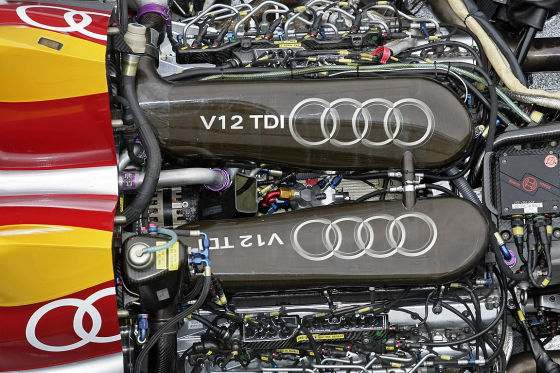 Tracktest Audi A4 DTM Audi R10 TDI